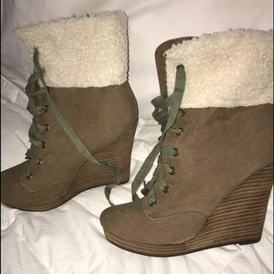 I'll name them my *Winter Wedged Boots*